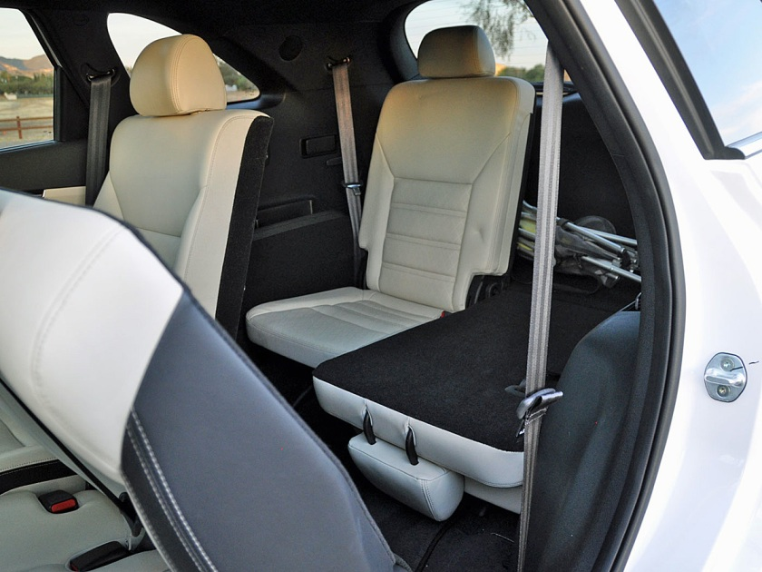 2017 Kia Sorento third-row seat