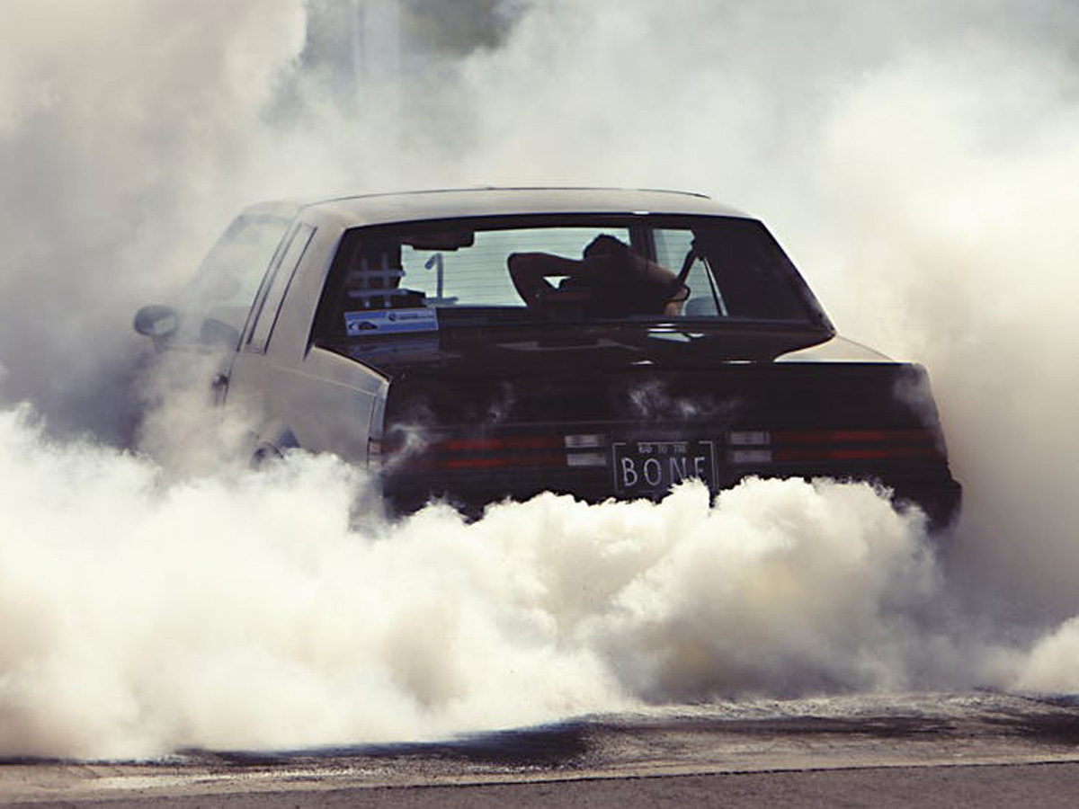 Buick Regal Grand National Smoky Burnout