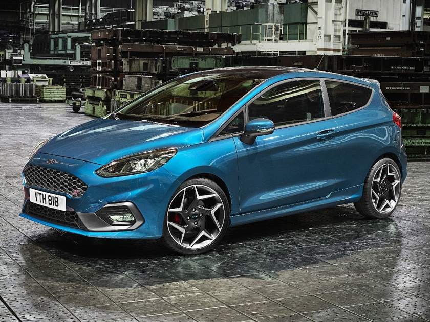 2018 Ford Fiesta ST in Liquid Blue paint