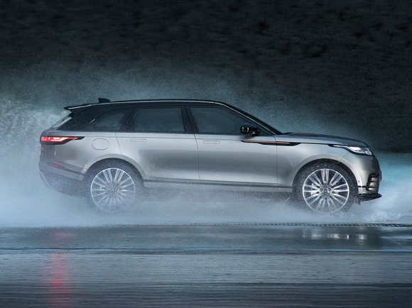 2018 Land Rover Range Rover Velar in Gray