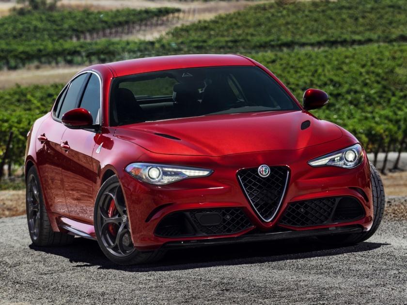2017 Alfa Romeo Giulia Quadrifoglio in Red