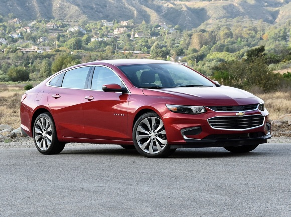 2017 Chevrolet Malibu Premier in Red