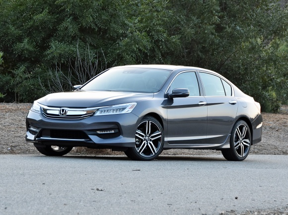 2017 Honda Accord Touring in Dark Gray